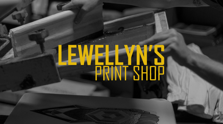 Интернет-магазин одежды Lewellyn's Print Shop